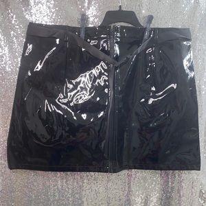 Vinyl faux leather skirt